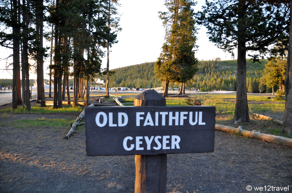 old-faithful-sign