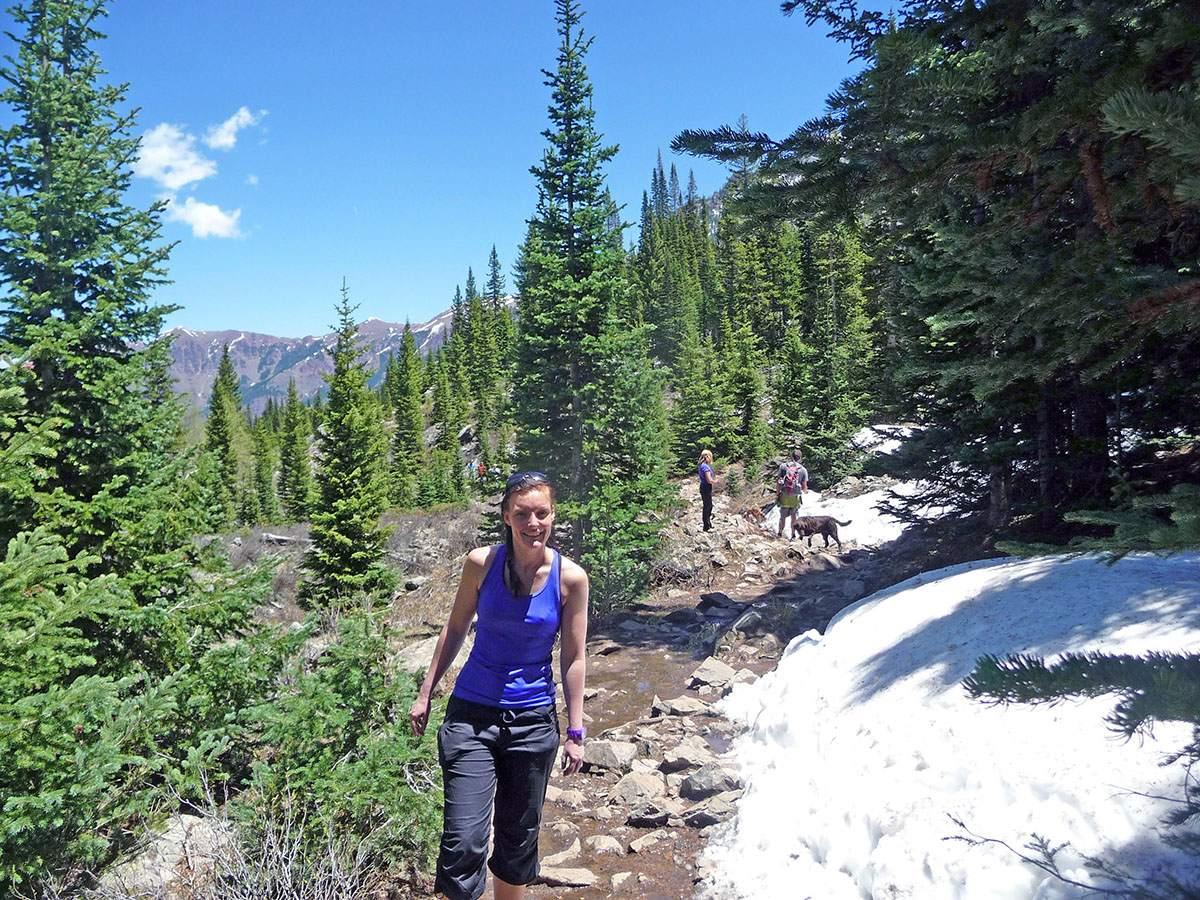 hiking to maroon bells