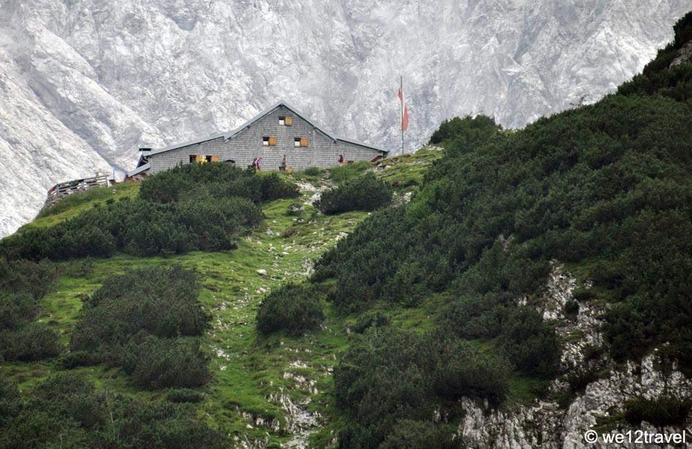 De Coburger Hutte in de Tiroler Zugspitz Arena