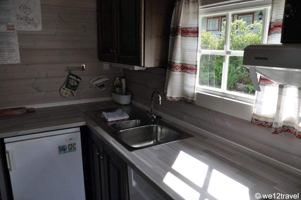 strynsvatn-camping-kitchen