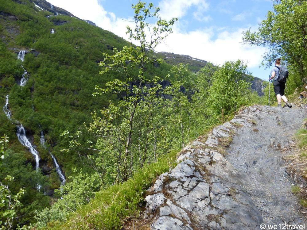aurlandsdalen-view-trail