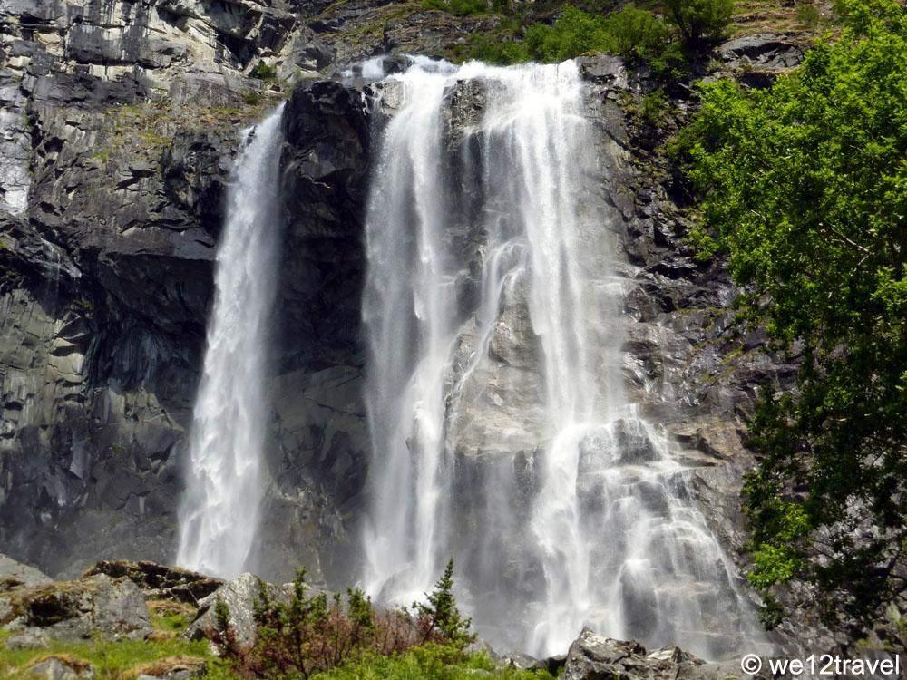 aurlandsdalen-waterfall