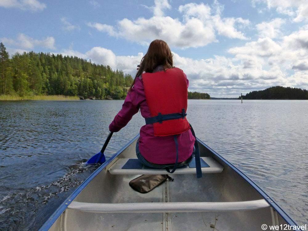 canoeing-in-saimaa