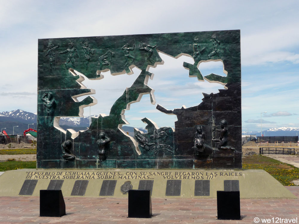malvinas monument ushuaia