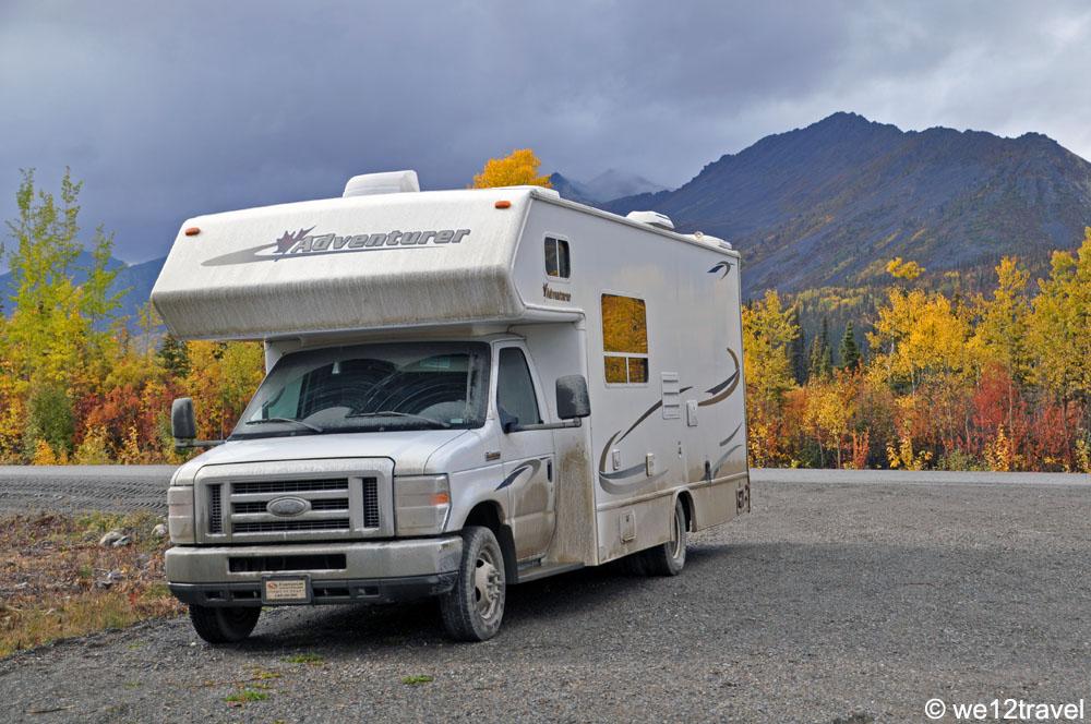fall-foliage-dempster-highway-rv