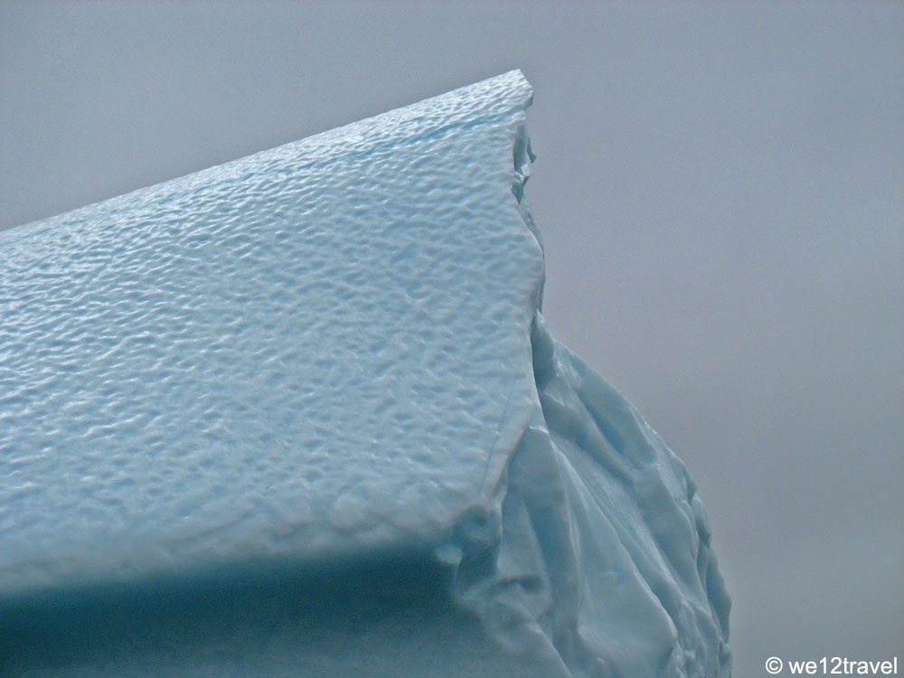 iceberg-close-newfoundland