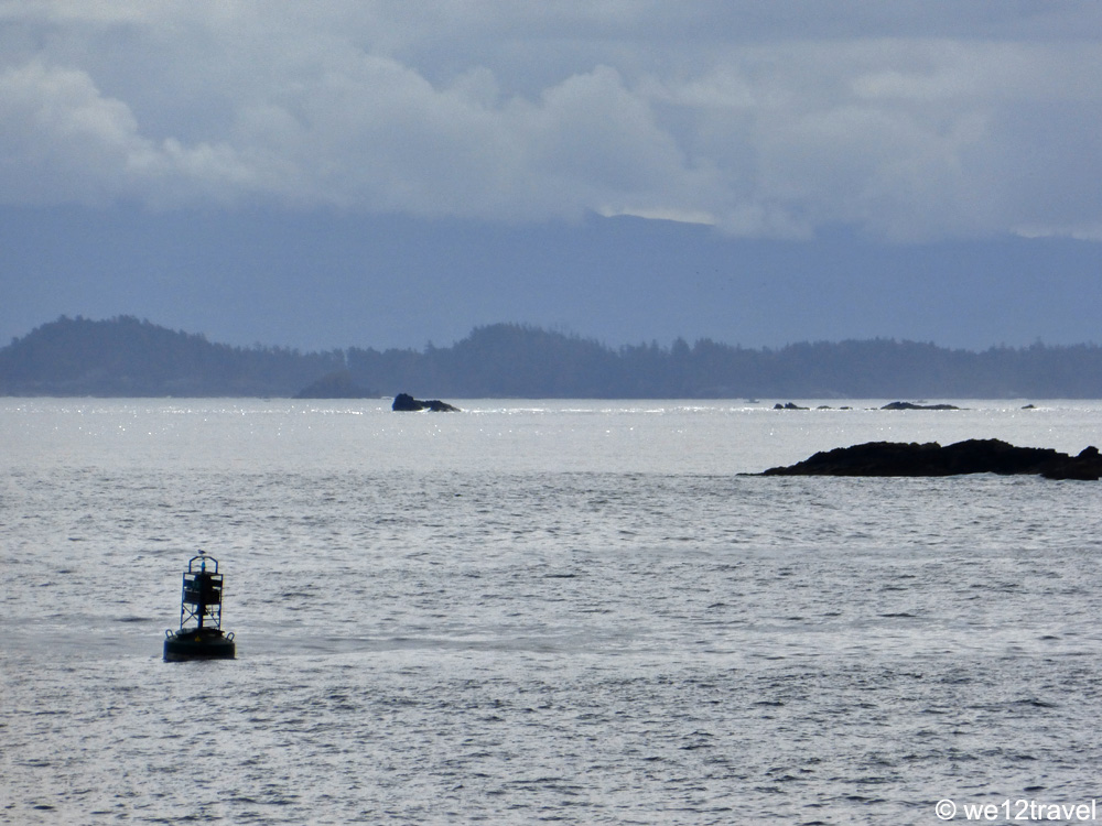 hiking the wild pacific trail in ucluelet