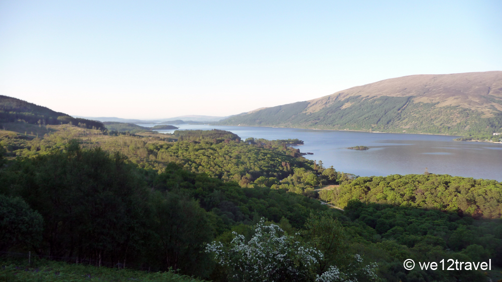ben_lomond_view_in_the morning_sun_over_the_lake