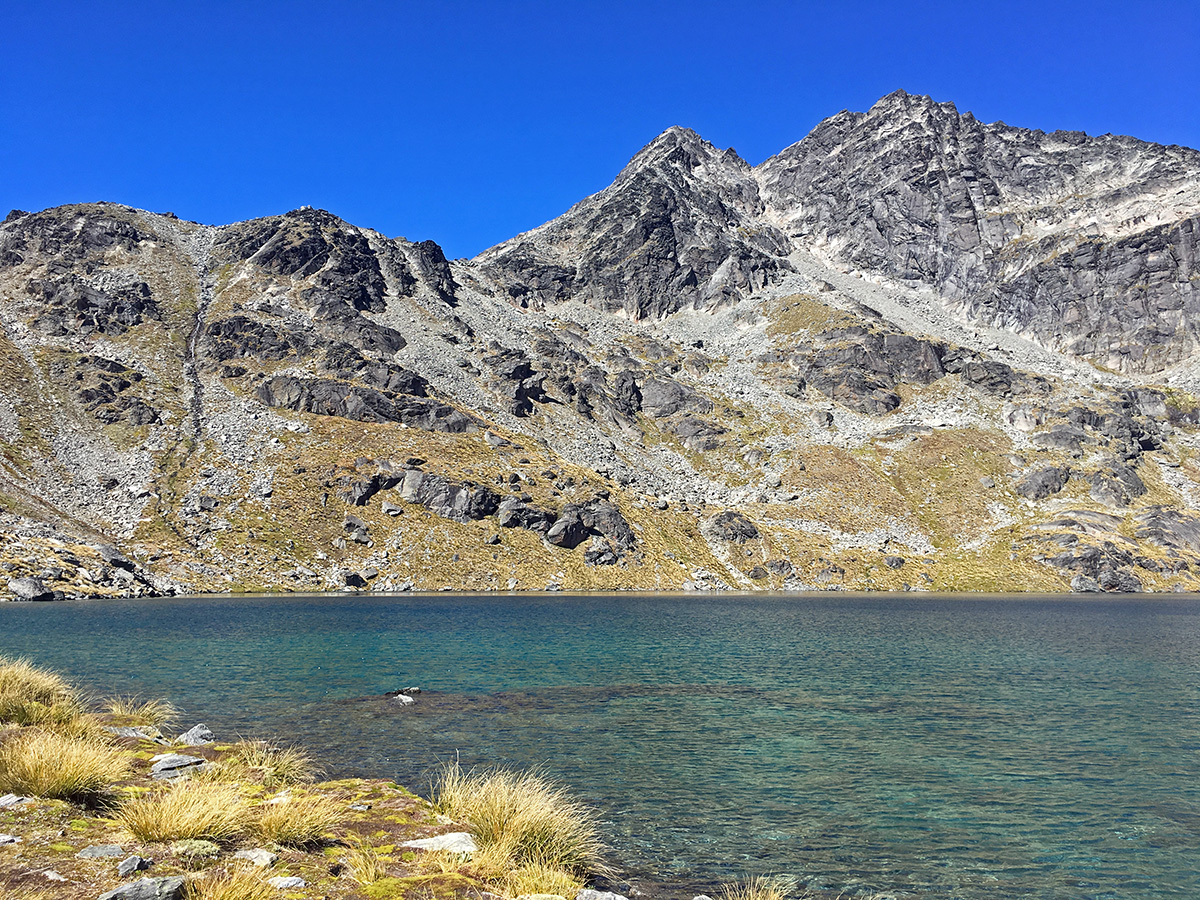 lake alta best hikes in new zealand