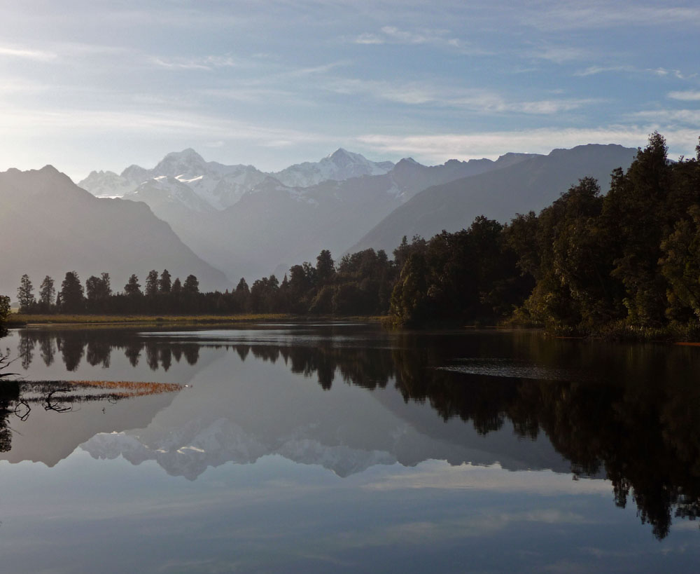 lake matheson best hikes in new zealand
