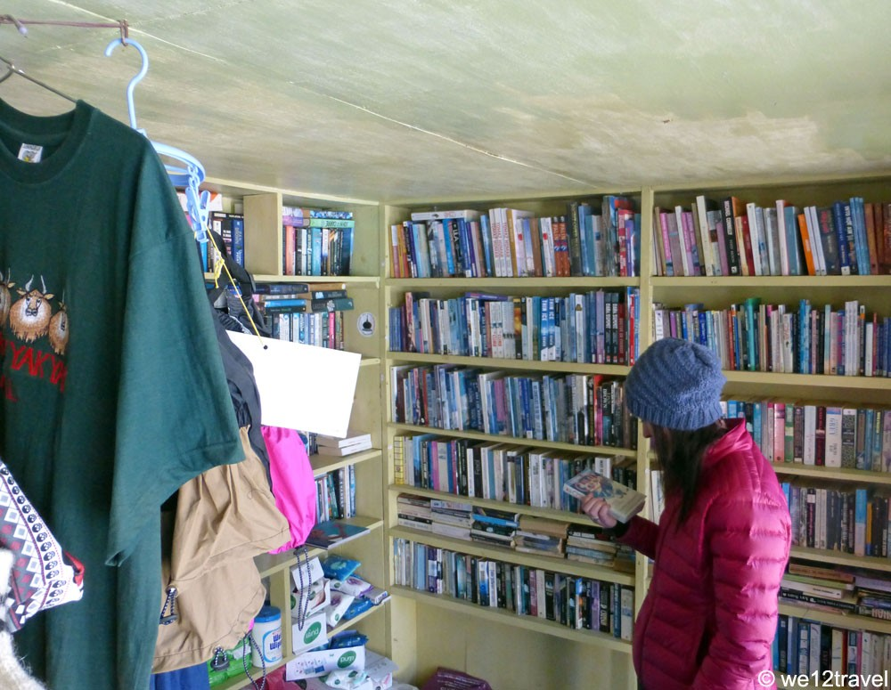 highest-bookstore-in-the-world-gokyo