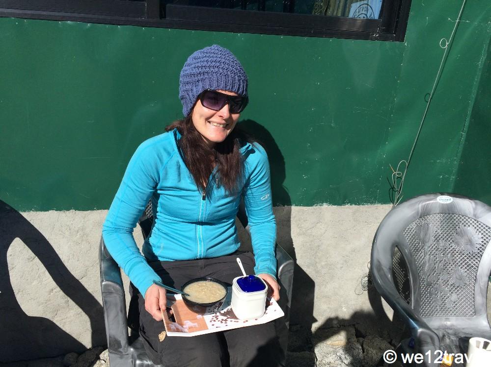 oatmeal everest base camp trek