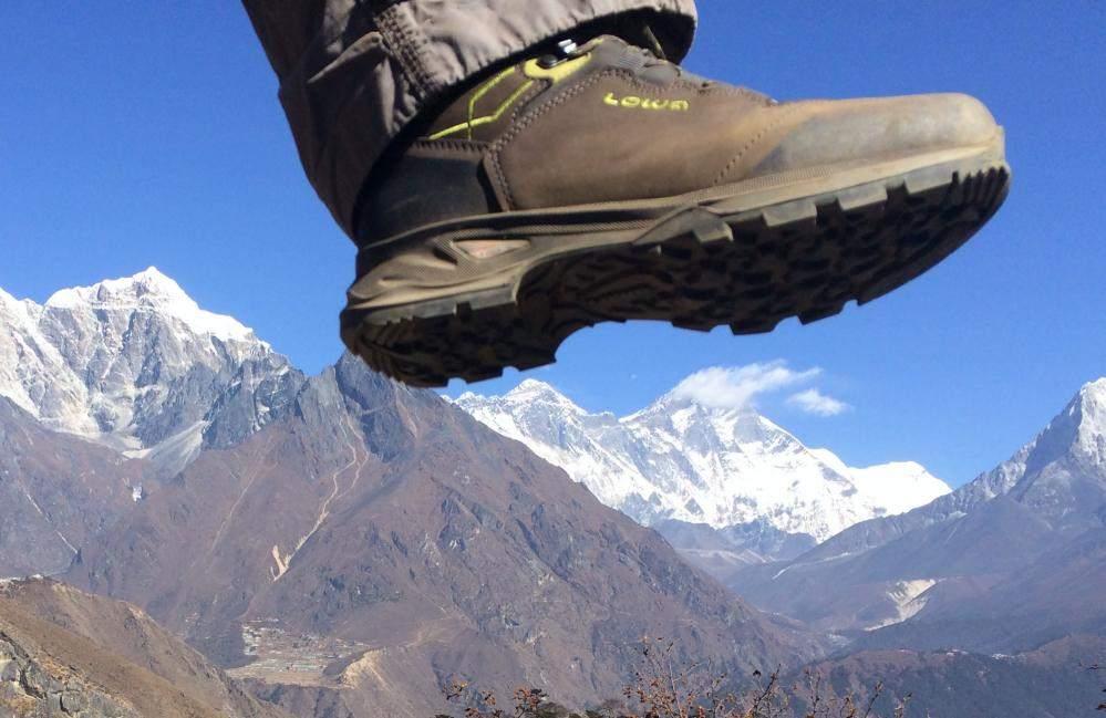 lowa lady light gtx hiking shoes