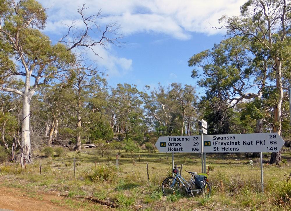 cycling in tasmania