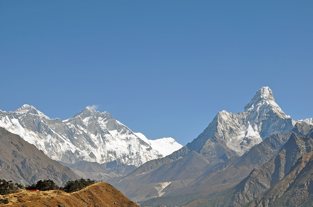 The trail to EBC: hiking to Everest View Hotel