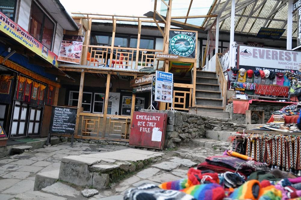 Everest Base Camp Trek dag 2: Phakding - Namche Bazaar