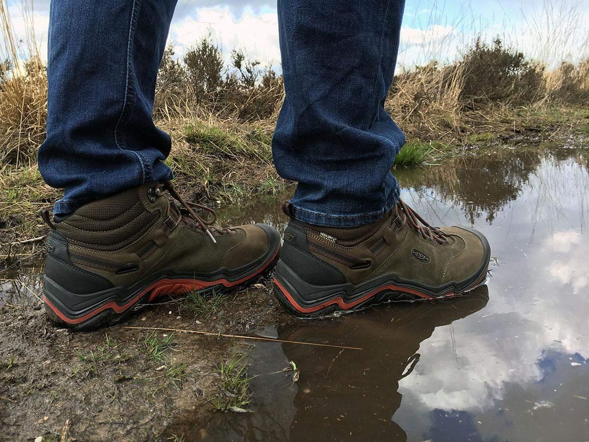 keen wanderer wp hiking shoes width=