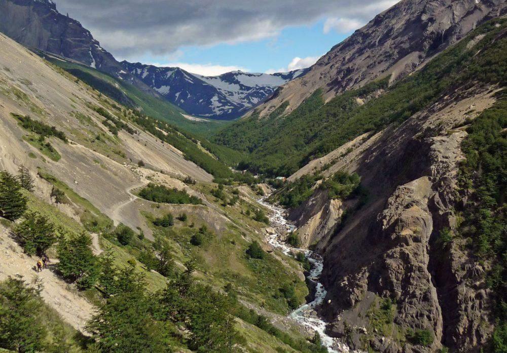 valle las torres del paine w trek