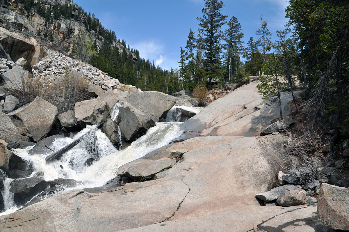 the grottos trail best hikes in colorado