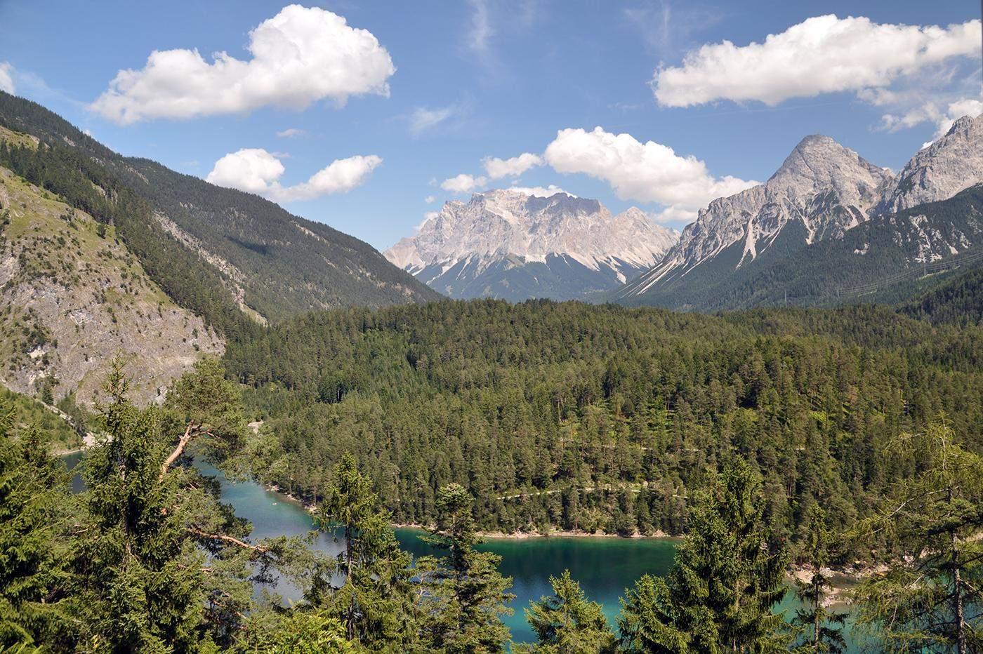 prettiest mountain lakes in austria