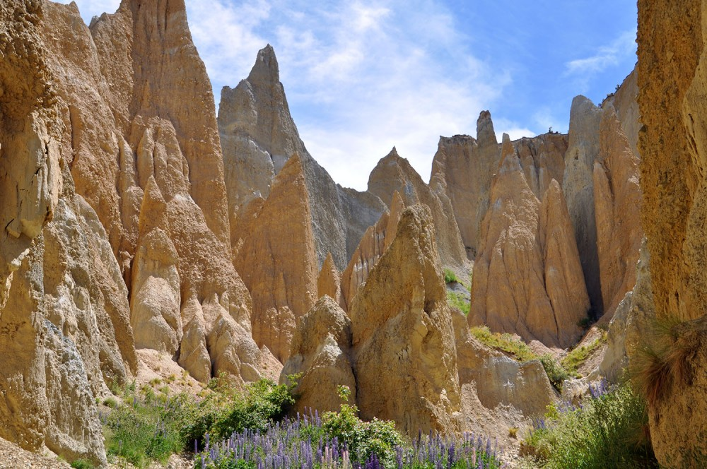 clay cliffs omarama new zealand unknown places in new zealand