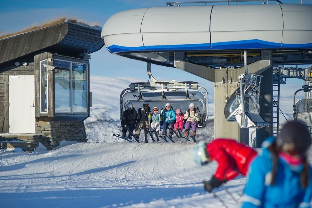 noorwegen in de winter skiën in geilo