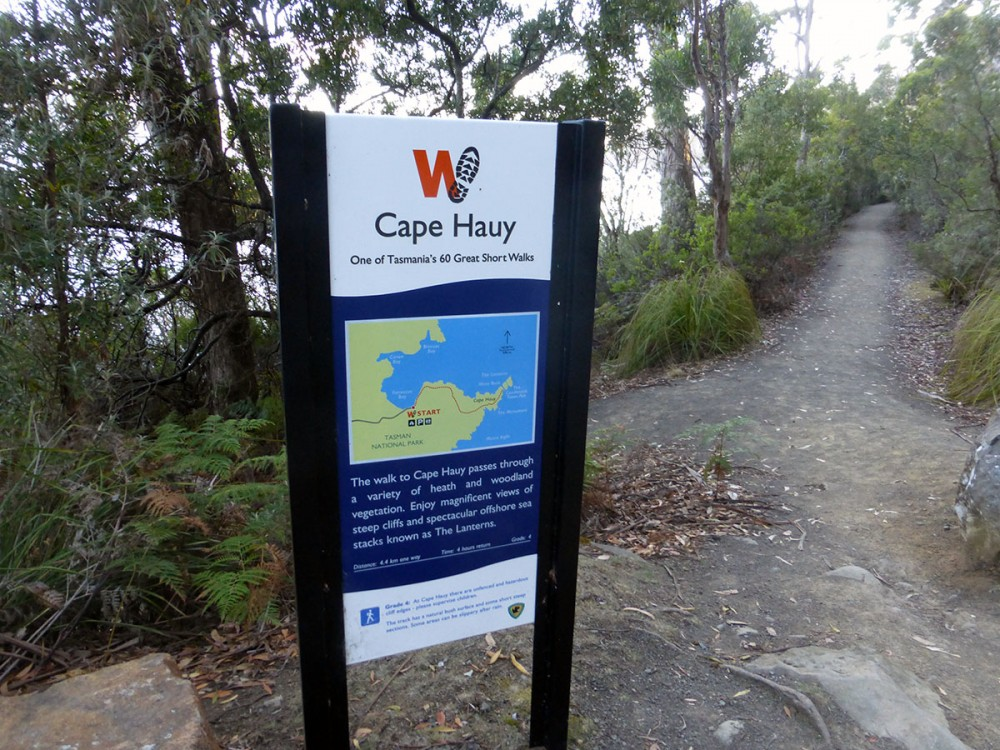 hiking the Cape Hauy Track in Tasmania