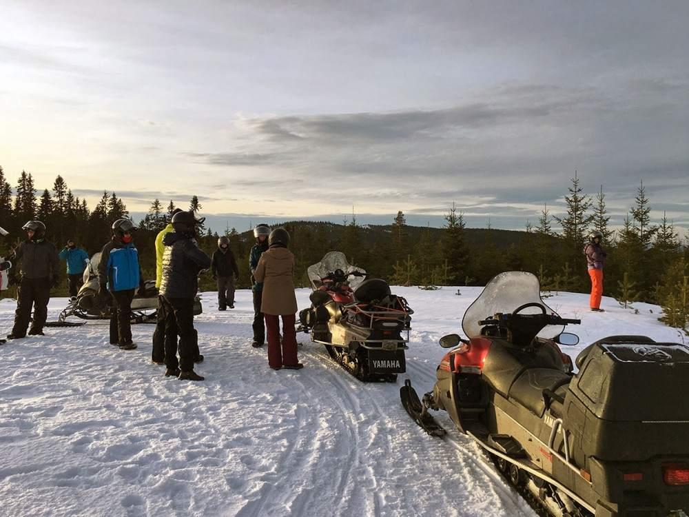 sneeuwscooteren in zweden
