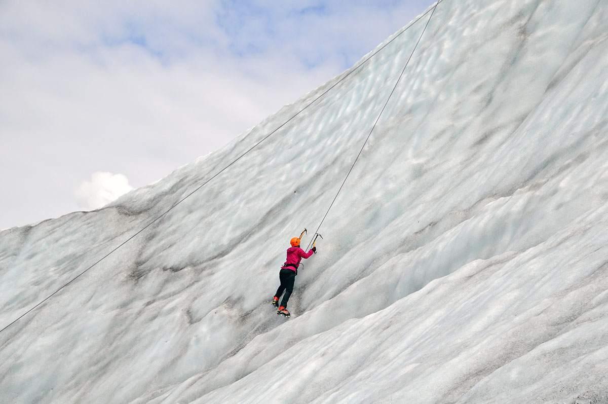 ijsklimmen in alaska ice climbing in alaska