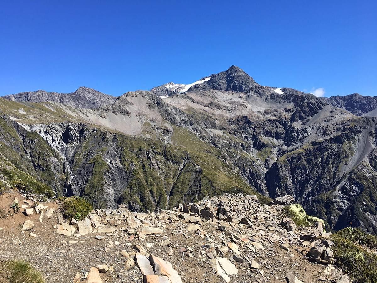 arhturs pass avalanche peak