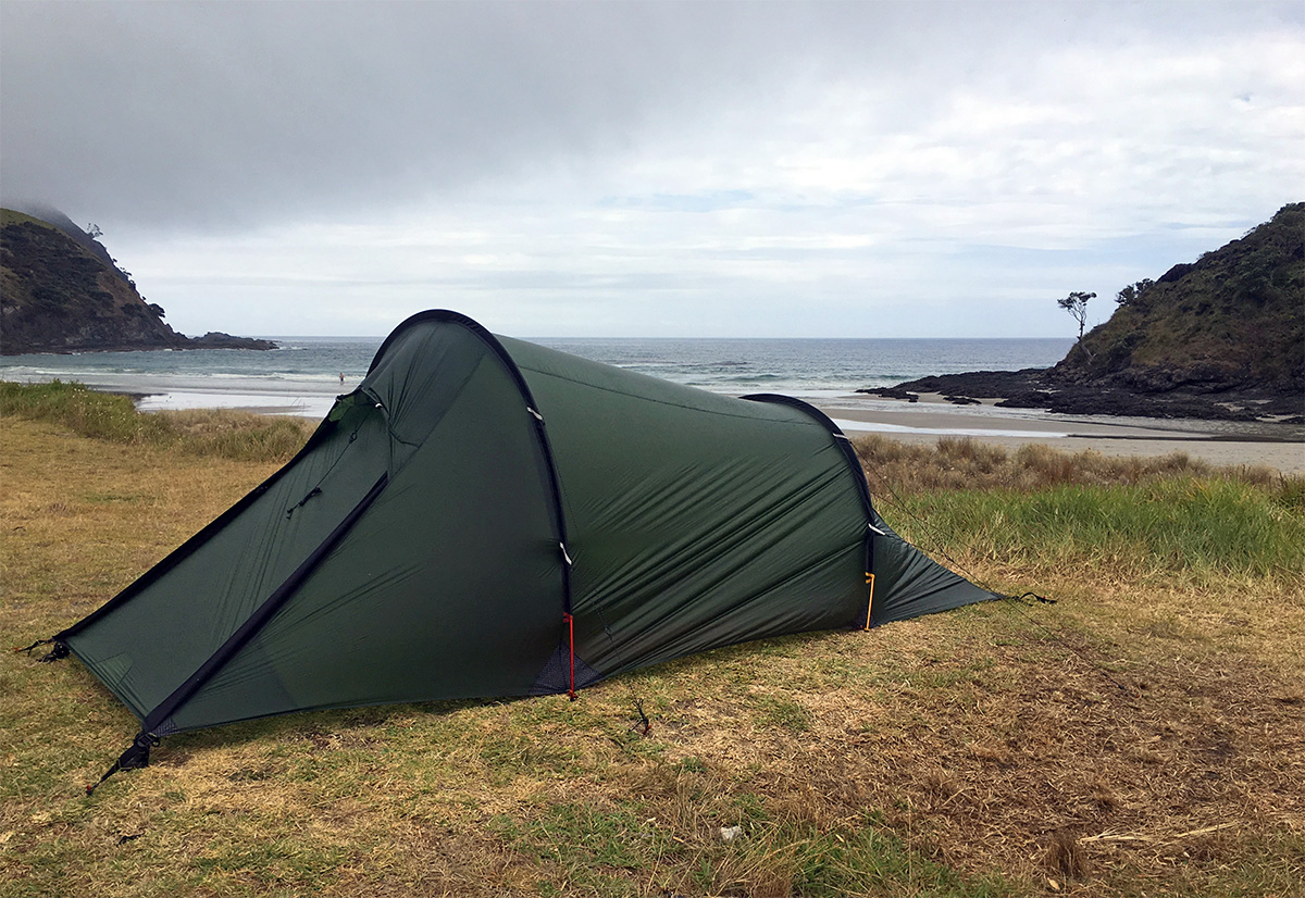 camping in Tapotupotu Bay
