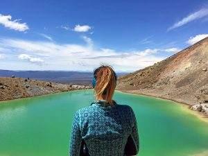 Hiking Tongariro Alpine Crossing: New Zealand's best one day hike