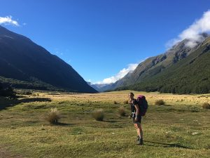 Safe solo hiking as a female: my tips and tricks