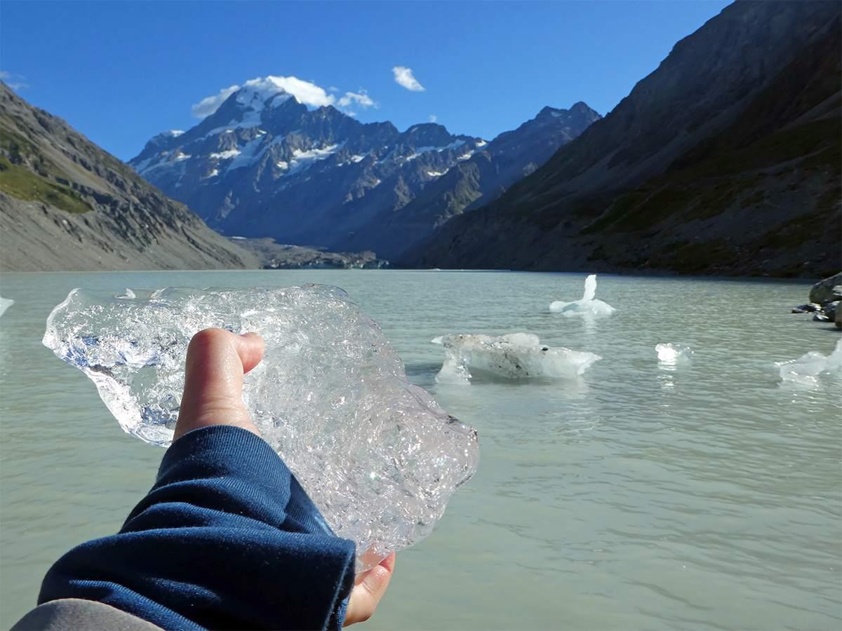 Hooker Valley Track icebergs