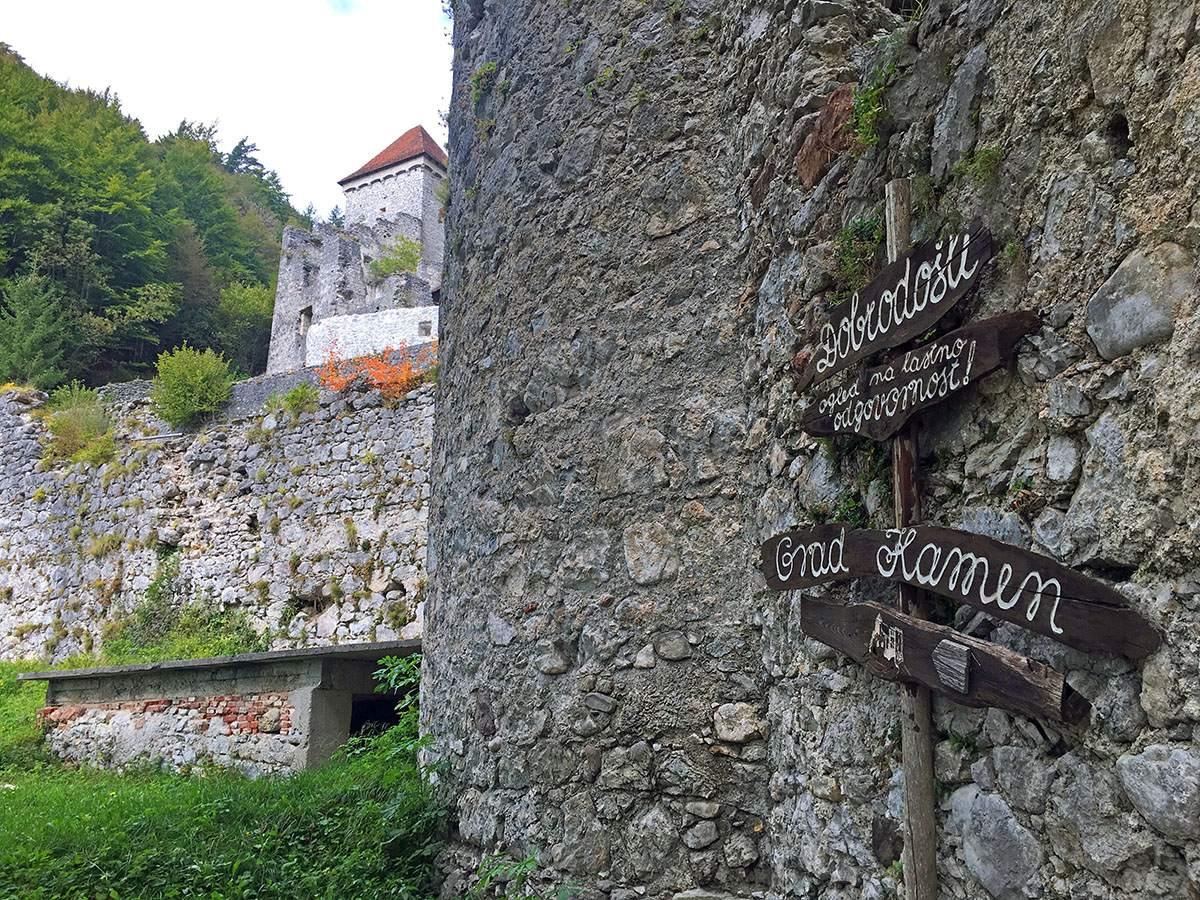 wandelen in Slovenië Grad Kamen