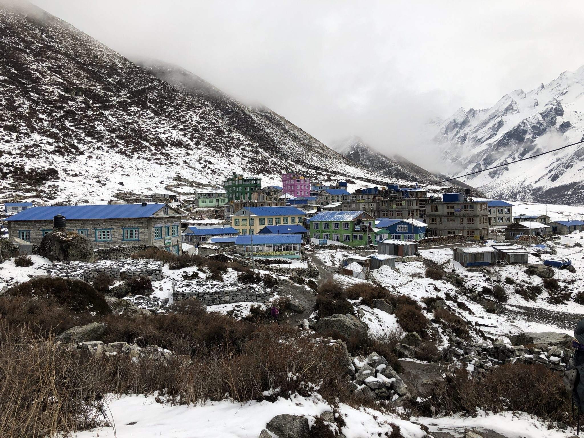 Kyangin Gumba in de sneeuw