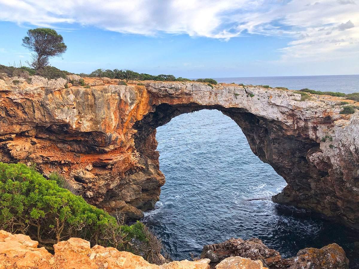 wandelen op Mallorca naar Cova des Pont