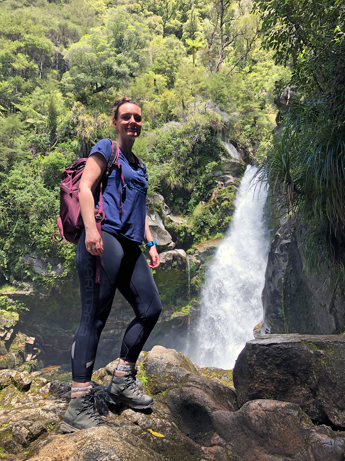 Bij de Wainui Falls