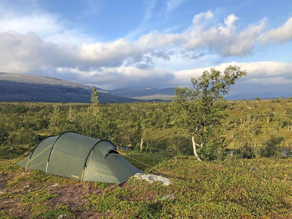 Wildkamperen in Zweden Valadalen