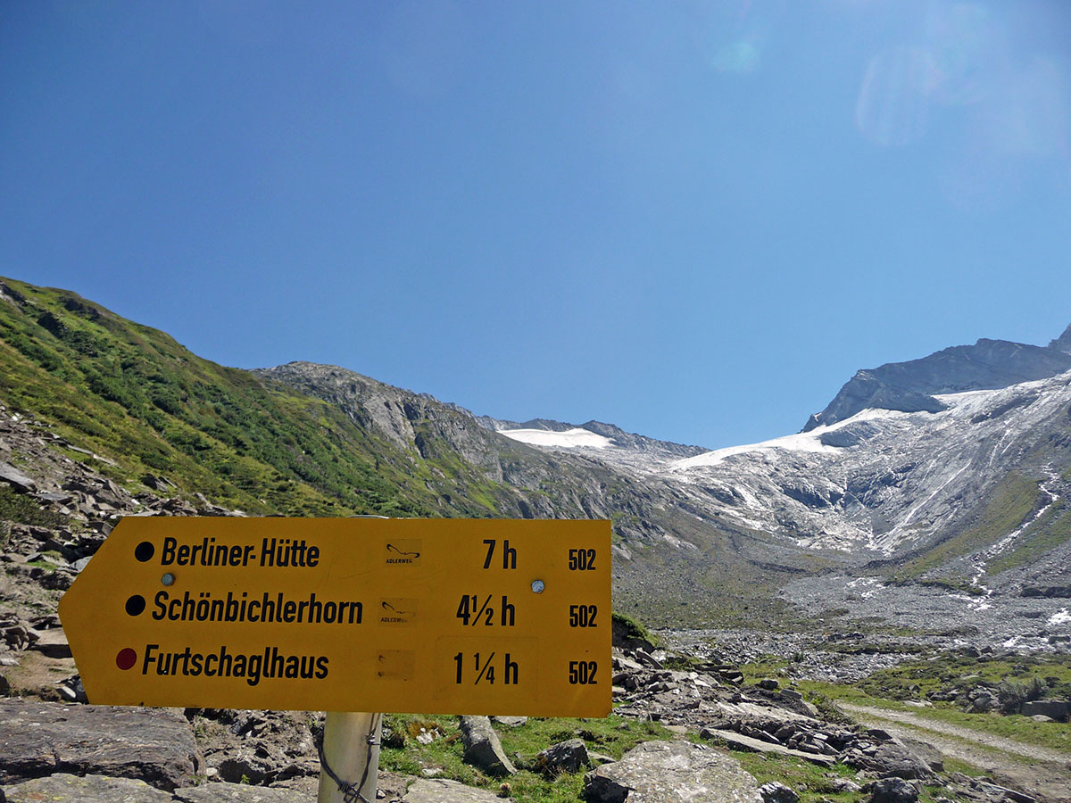 hiking in the austrian alps: times and difficulty