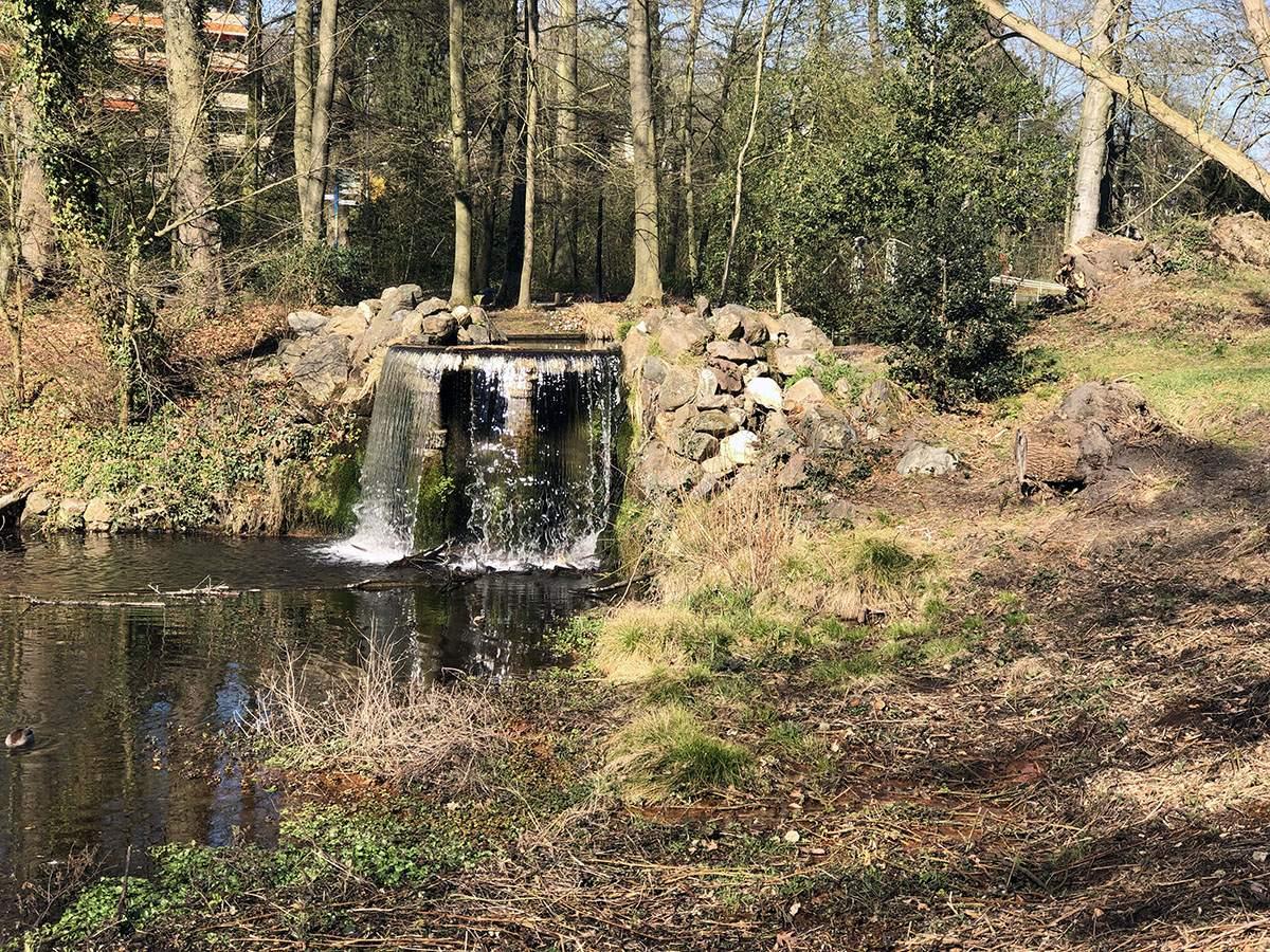 Veluwe Zwerfpad etappe 1 Waterval in het Sonsbeekpark in Arnhem