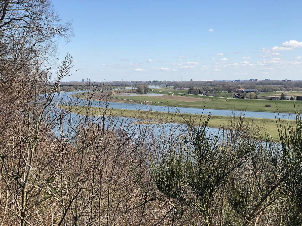 Uitzicht over de Rijn bij Landgoed Duno
