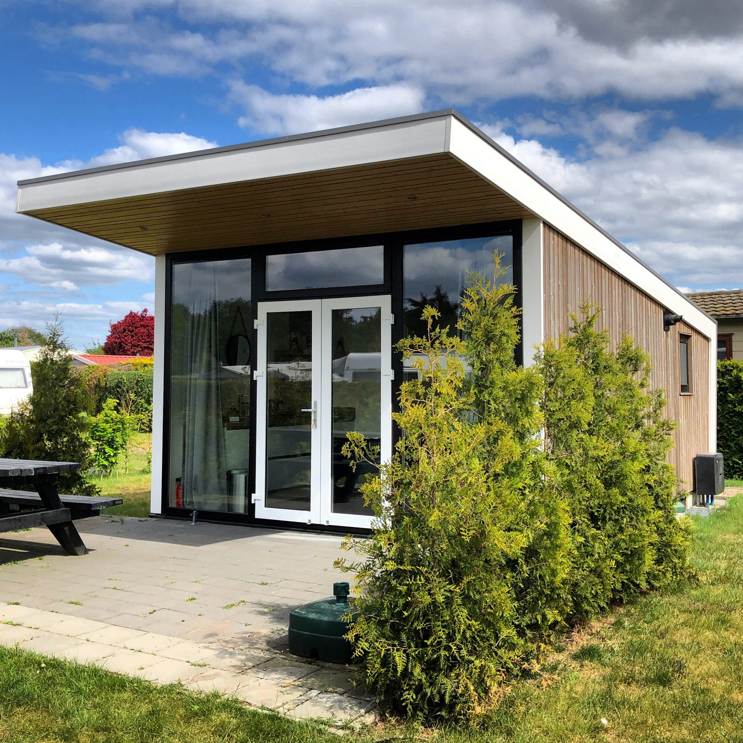 Luxe Tiny House in Stroe