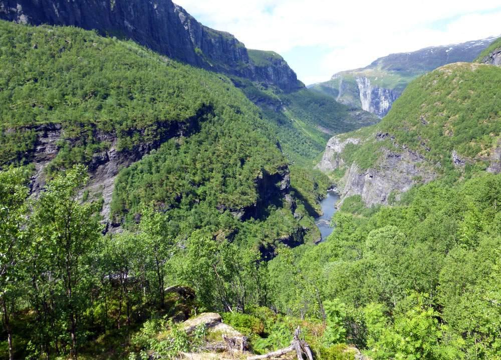 Aurlandsdalen hike in Fjord Norway