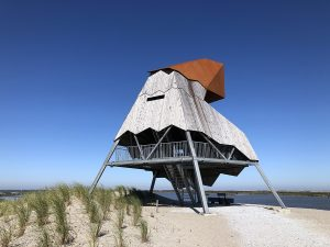 An expedition to the Marker Wadden in Nieuw Land N.P.